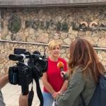 Ángeles Glez atiende a los medios